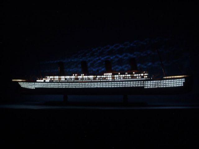 RMS Aquitania Limited Model Cruise Ship 40 w- LED Lights