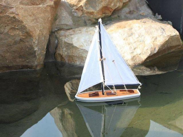 Wooden It Floats 21 - Blue Floating Sailboat Model
