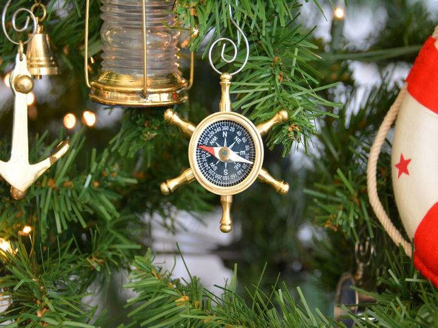 Brass Shipandapos;s Wheel Compass Christmas Tree Ornament