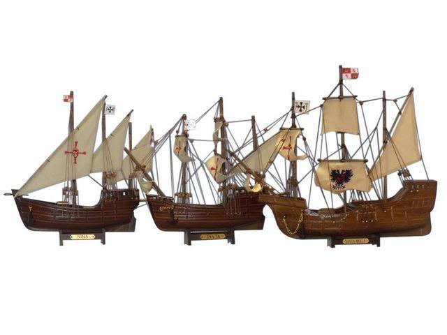 Wooden Santa Maria, Nina and Pinta Model Ship Set