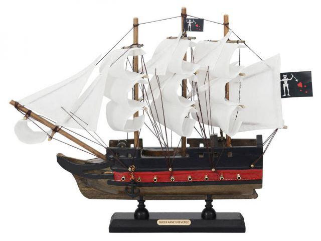 Wooden Blackbeards Queen Annes Revenge White Sails Limited Model Pirate Ship 12