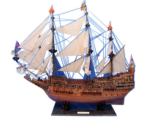 Wooden Sovereign of the Seas Masterpiece 100