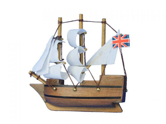 Wooden Mayflower Tall Model Ship Magnet 4
