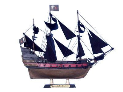 Blackbeard\'s Queen Anne\'s Revenge Limited Model Pirate Ship 7\